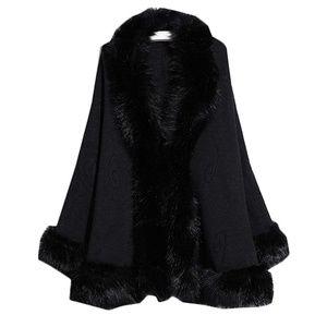 NWOT Women's Faux Fur Wrap